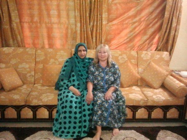 Ivana s ománskou léčitelkou Ghalyií. Foto: archiv IN