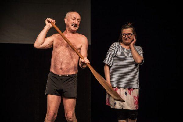 Když bylo Emilovi a Marcele dvacet (Oldřich Navrátil a Zuzana Kronerová)... Foto: Kuba Jíra
