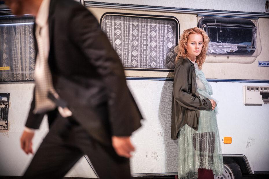 V roli Hester Swanové exceluje Tereza Groszmannová. Foto Kuba Jíra